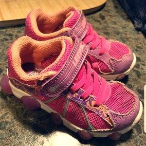 Leepz size 8 toddler sneakers- bundle & save!